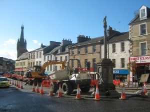 CUPAR MERCAT CROSS AWAITS MOVE