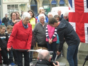 TIME CAPSULE  GETS BUIRIED 17 MAY 2014 069